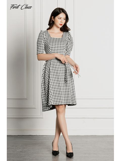 Đầm A995-493H kẻ đen trắng