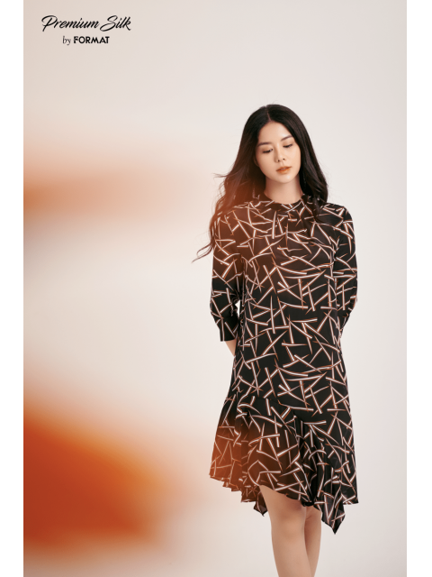 Đầm B9DRE301I hoạ tiết nền đen