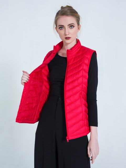Áo lông vũ B9JCK003F đỏ